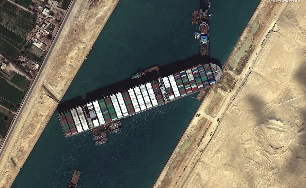 Large suez canal blocked by ever given march 27 2021